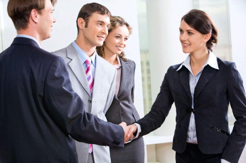 Nhiệt tình và kiên nhẫn với khách hàng