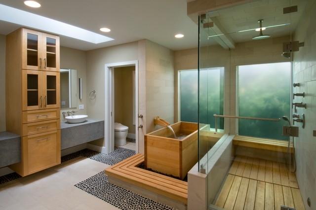 Không gian riêng biệt cho phép vài người có thể sử dụng phòng tắm cùng nhau.