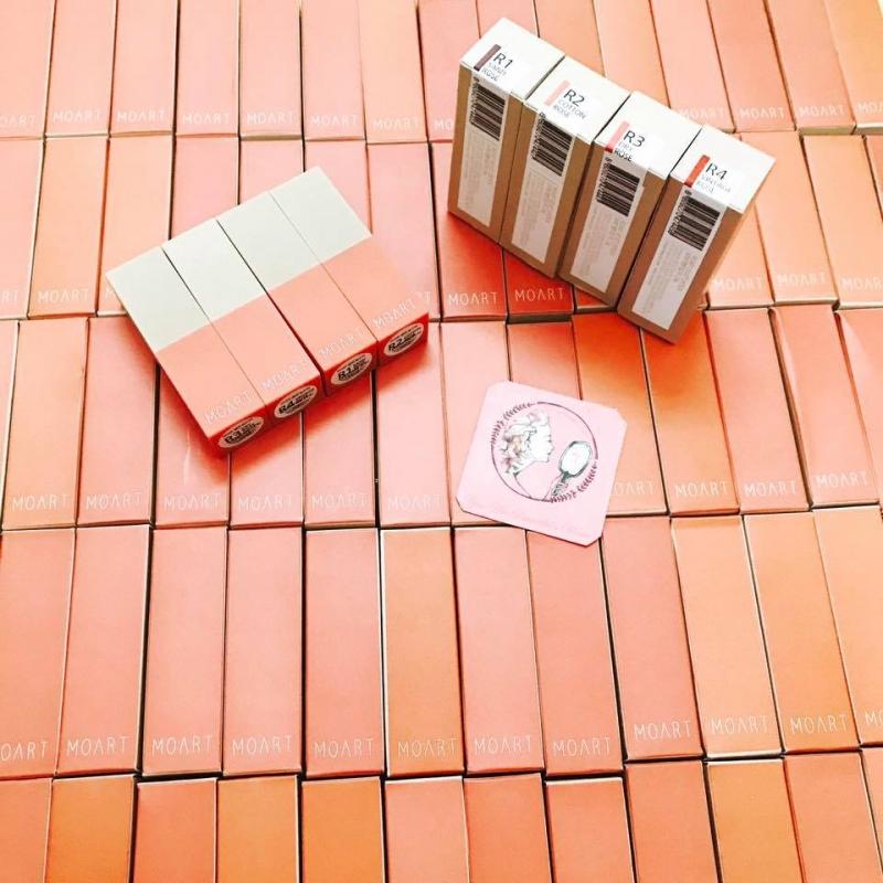 Mặt hàng được bày bán tại Nhisiunhun