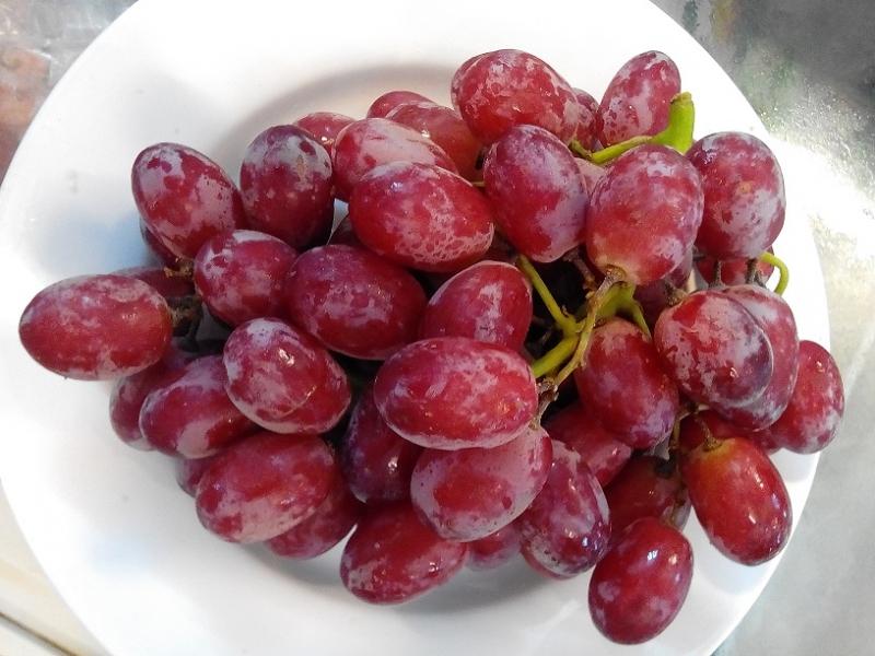 Nho đỏ - loại trái cây nhỏ bé mà công dụng tuyệt vời