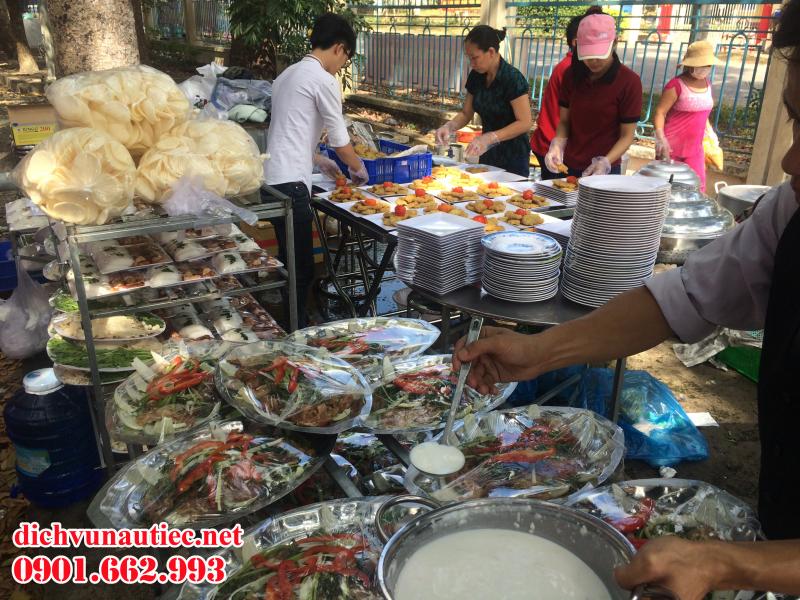 Nhóm nấu Quang Đại