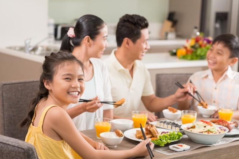 Là type phụ nữ của gia đình, Cự Giải nữ luôn chăm sóc người thân và mái ấm gia đình rất chu đáo