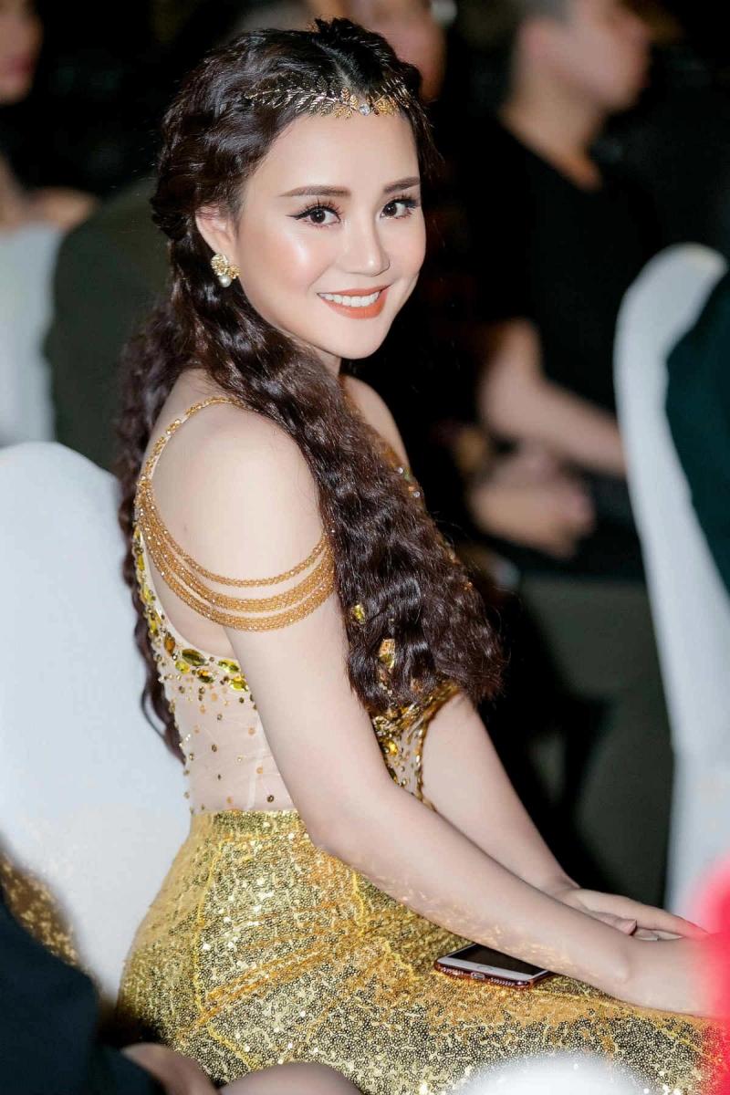 Nữ ca sĩ Vy Oanh