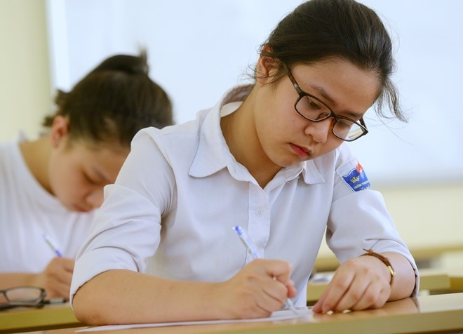 Thí sinh làm bài thi