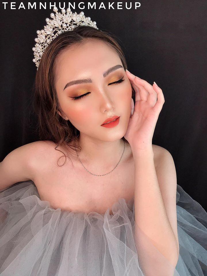 Nhung Lê makeup