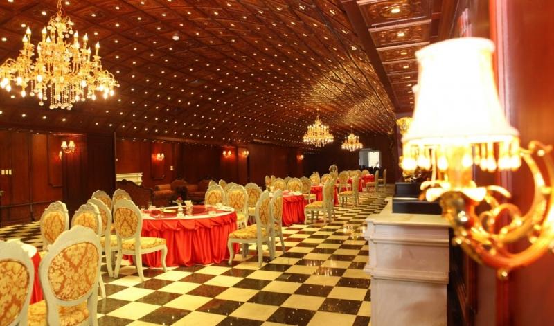 Khách sạn The Vissai