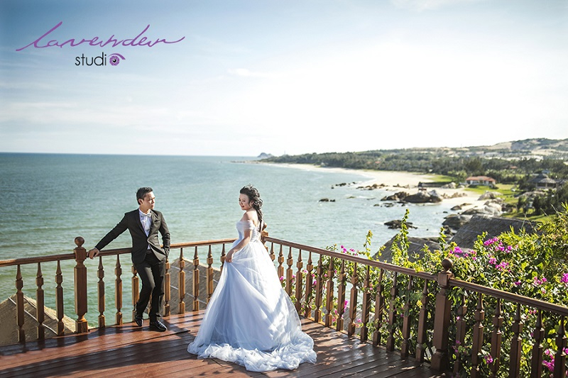 Những resort hạng sang trải dọc bờ biển