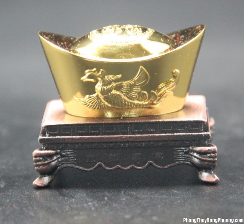 Những thỏi vàng tượng trưng cho tiền tài, vật chất