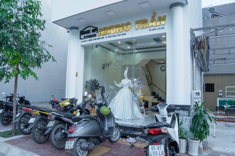 Nhung Trần Makeup Store