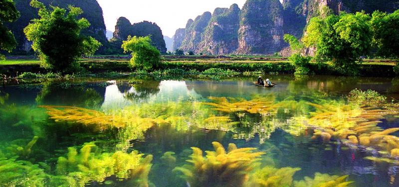 Phong cảnh tuyệt đẹp của đầm Vân Long