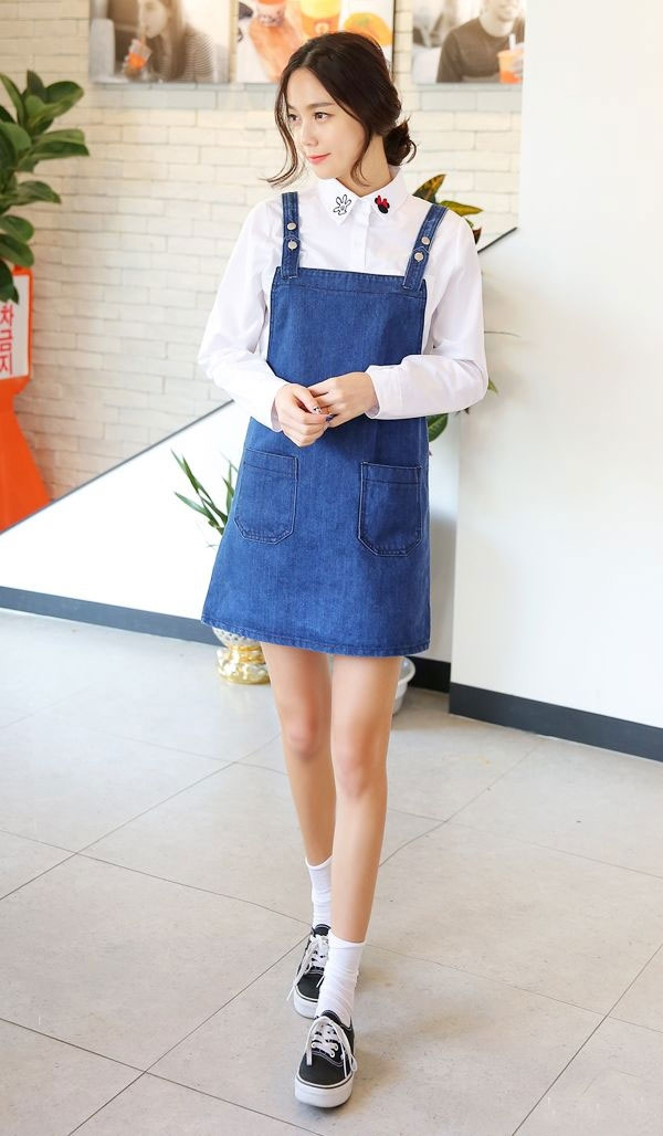 Ninomaxx là thương hiệu thời trang thông dụng và năng động (Casual Active) được thành lập bởi công ty Thời Trang Việt