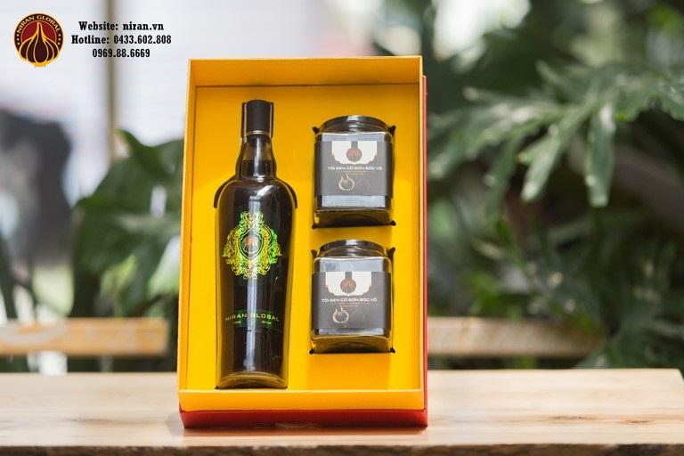 Tỏi đen cũng có thể ngâm rượu sử dụng bảo vệ sức khỏe