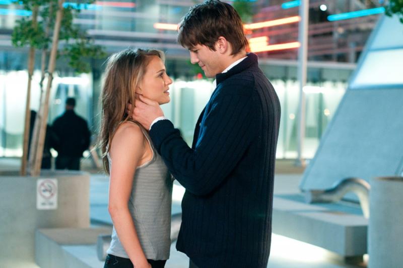 Cảnh phim Adam ngỏ lời với Emma