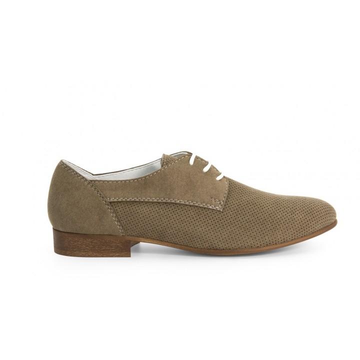Các sản phẩm giày của Noah luôn mang tiêu chí thân thiện với môi trường lên hàng đầu,