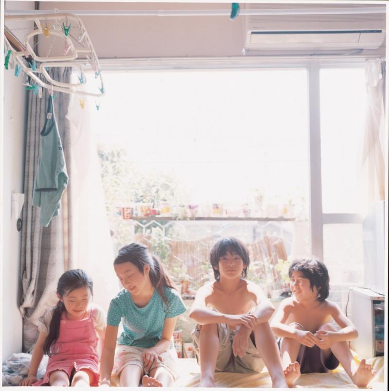 Bốn đứa trẻ trong Nobody Knows (Nguồn: Sưu tầm)