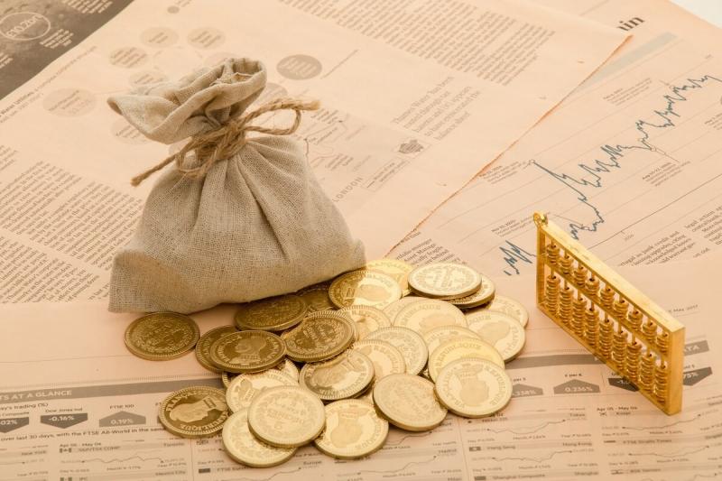 Nói chuyện về đầu tư và các cách tiết kiệm cho tương lai