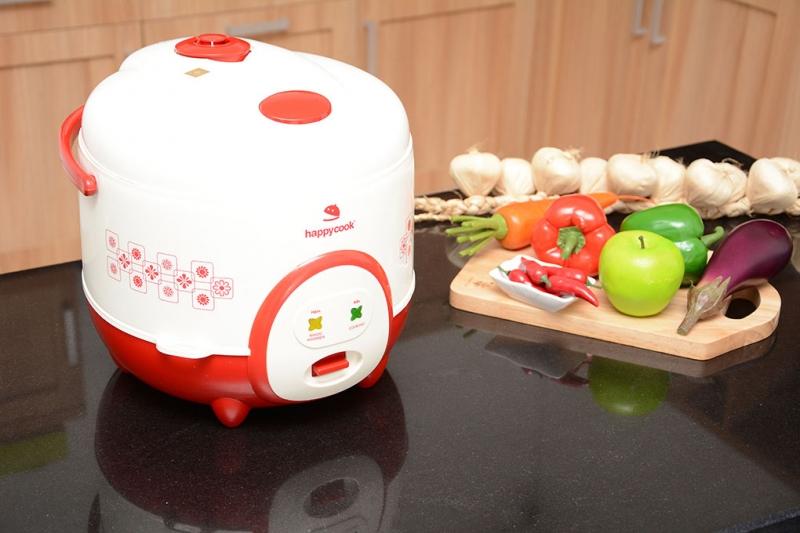 Nồi cơm nắp gài Happycook HC-180A Đỏ