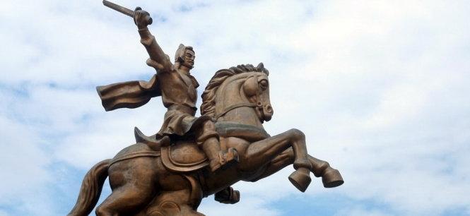 Hình ảnh vua Quang Trung Nguyễn Huệ
