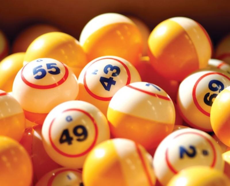 Những trò may rủi thường treo những giải thưởng vô cùng hấp dẫn thế nhưng số tiền mà những tín đồ phải bỏ ra cho đến khi được trúng giải có khi còn là con số lớn hơn gấp nhiều lần.