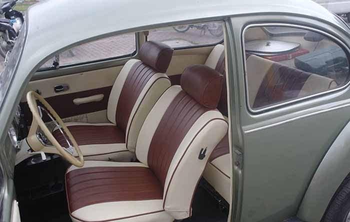 Sản phẩm ghế bọc da trên xe cổ của nội thất ô Tô Bảo Long