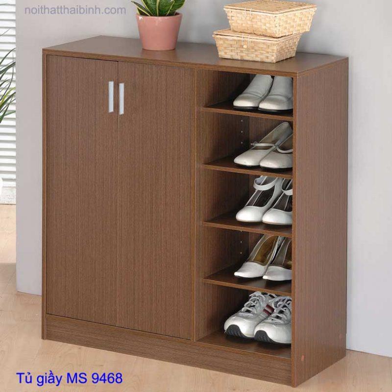 Chiếc tủ xinh xắn, ngăn nắp gọn gàng tôn thêm vẻ đẹp căn nhà