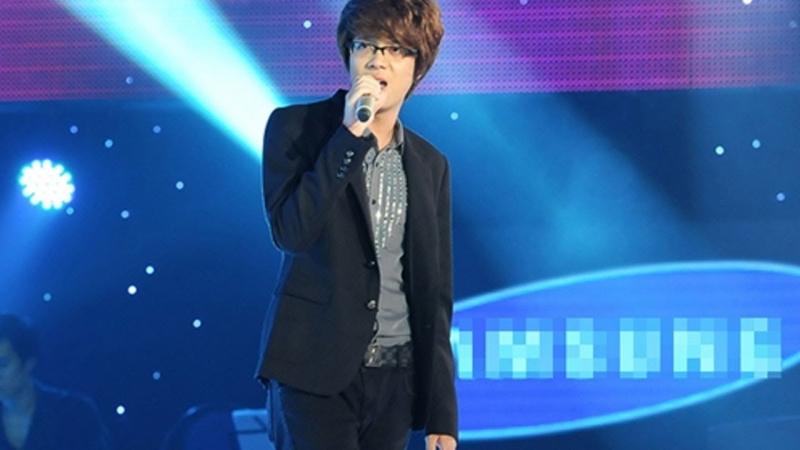 Bùi Anh Tuấn tại sân khấu The Voice 2012