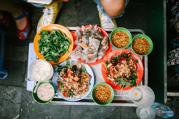 Top 10 địa chỉ ăn vặt cực ngon ở khu Hồ Gươm