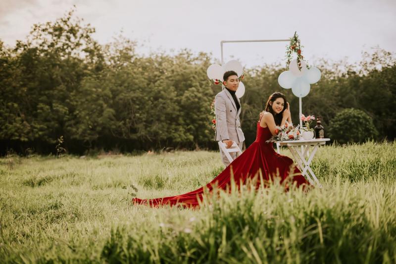 NOON Bridal