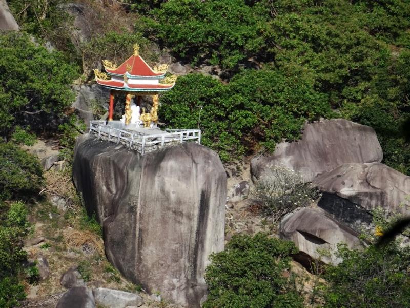 Ngôi chùa trên núi