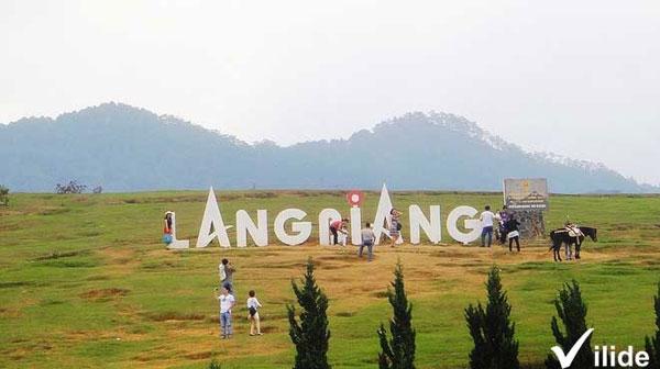 Cảnh đẹp hùng vĩ của núi Langbiang