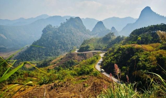 Núi rừng thơ mộng ở Yên Bái