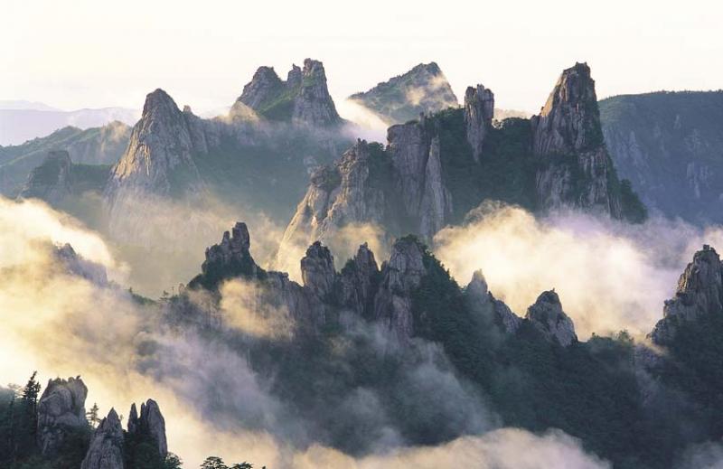 Vẻ đẹp của núi Songnisan