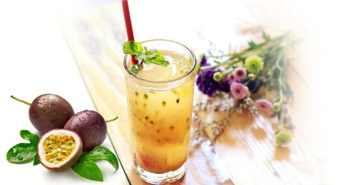 Nước chanh dây là loại quả chứa nhiều vitamin A và vitamin C