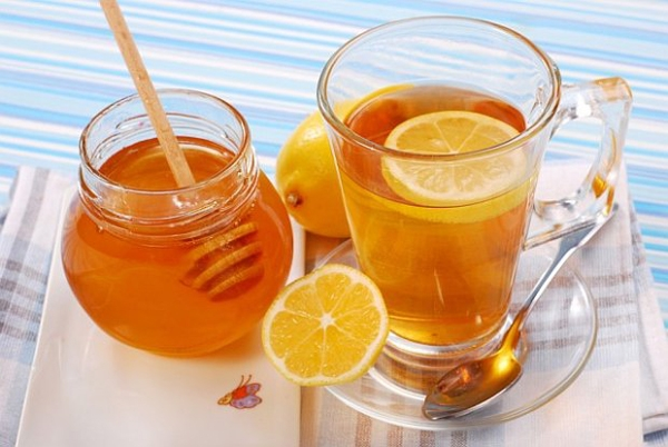 Nước detox chanh và mật ong