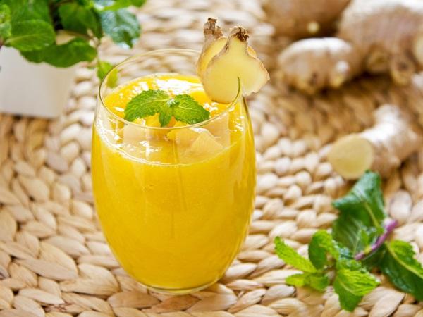 Nước detox giảm cân cam dứa và gừng