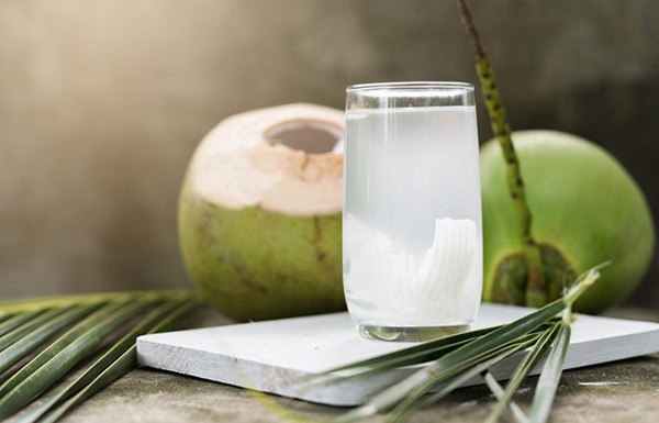 Nước dừa tươi DATAFA được sản xuất bằng dây chuyền khép kín với công nghệ tiên tiến giúp giữ được giá trị dinh dưỡng và khoáng chất tự nhiên vốn có của nước dừa.