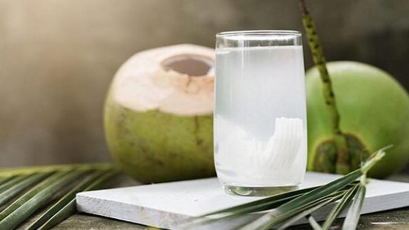 Nước dừa xiêm giúp phòng tăng huyết áp