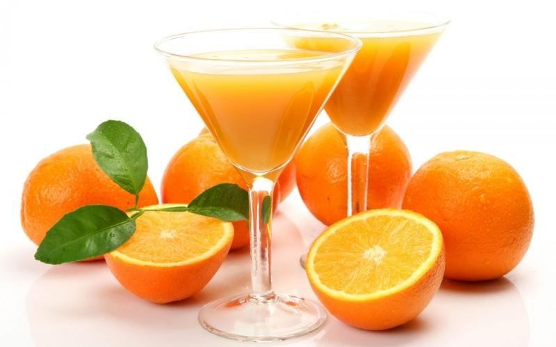 Nước ép cam có màu rất đẹp