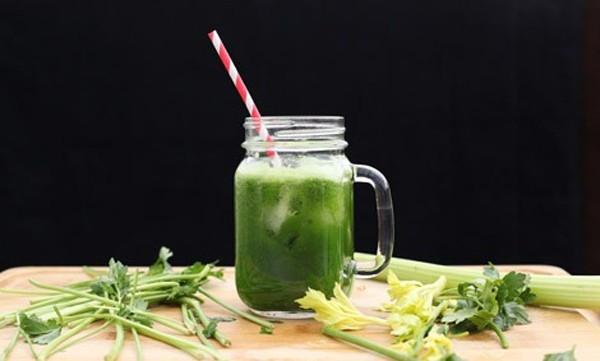 Nước ép rau xanh rất giàu chất xơ có ích