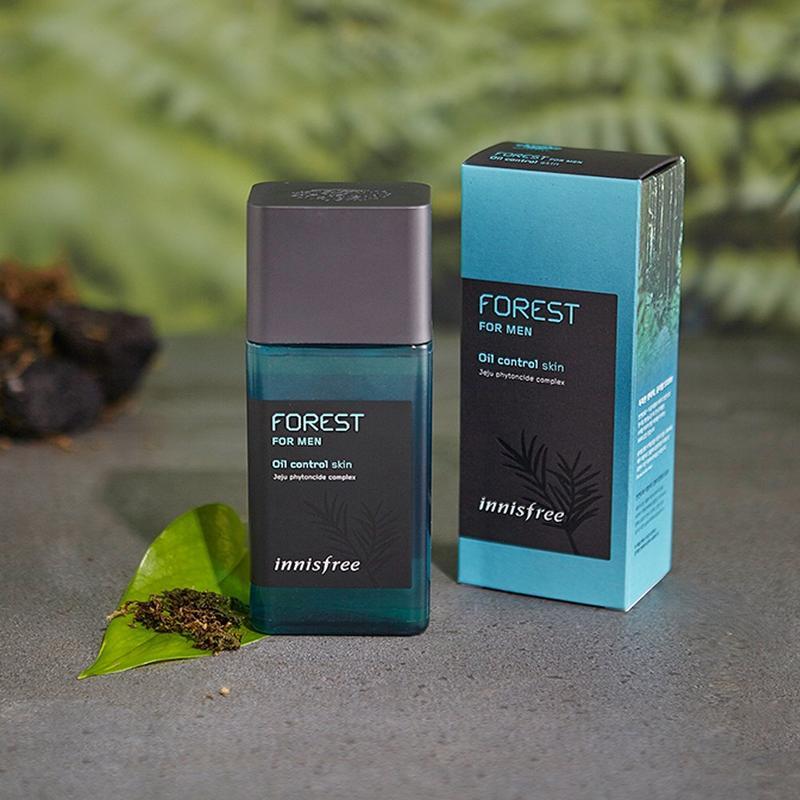 Nước hoa hồng cho nam Innisfree Forest For Men Oil Control Skin