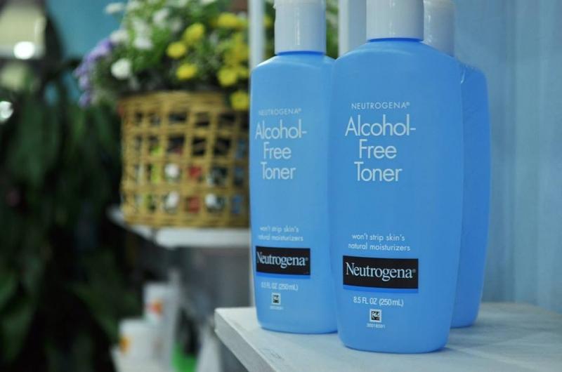 Neutrogena Alcohol - Free Toner