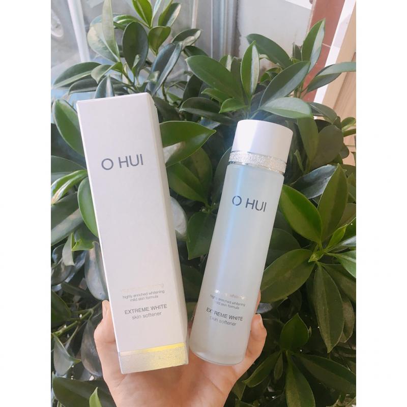 Nước Hoa Hồng Ohui Extreme White Skin Softener