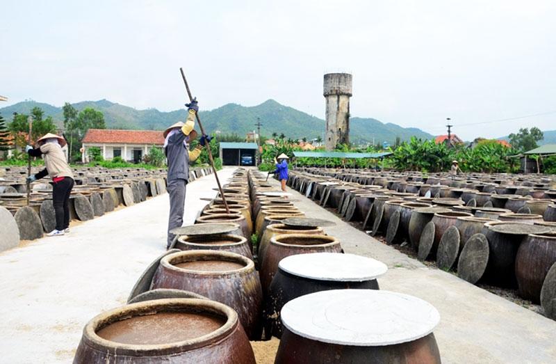 Khu sản xuất nước mắm Sá Sùng thơm ngon