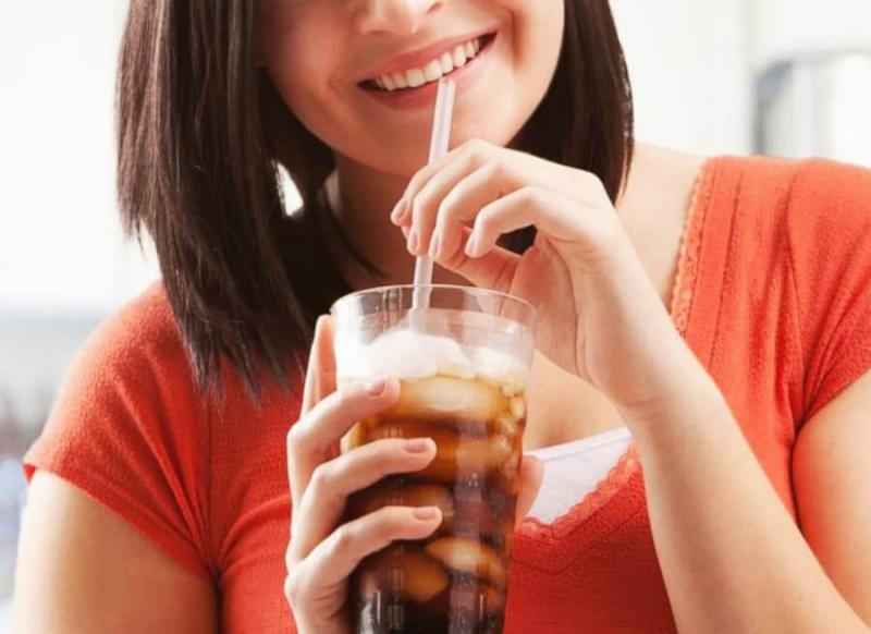 Uống nước ngọt làm tăng nguy cơ bị tiểu đường
