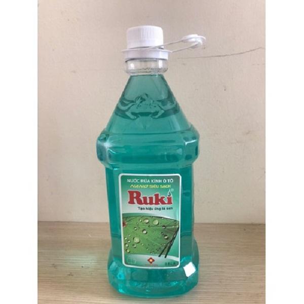 Nước rửa kính xe ô tô Nano Ruki