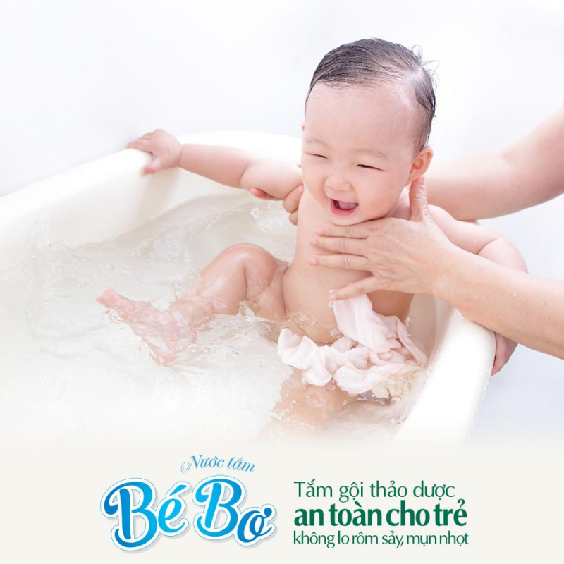 Top 10 thảo dược tắm bé tốt nhất cho trẻ sơ sinh