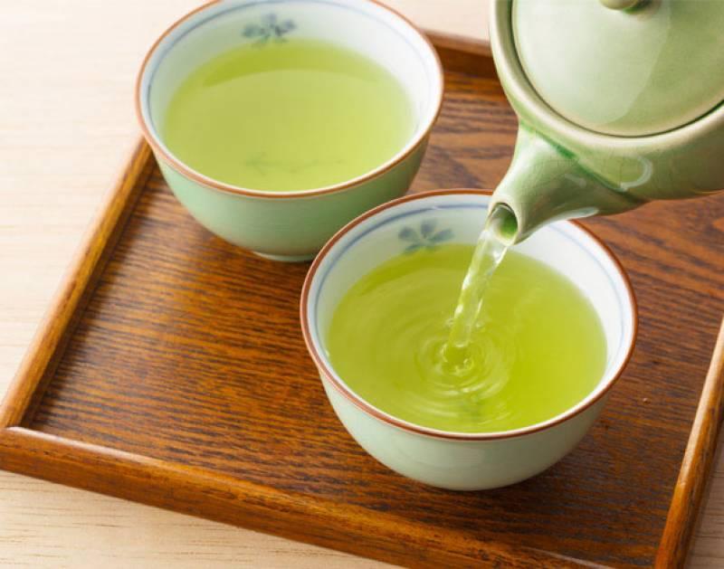 Nước trà xanh một thức uống không thể thiếu trong ngày hè oi bức