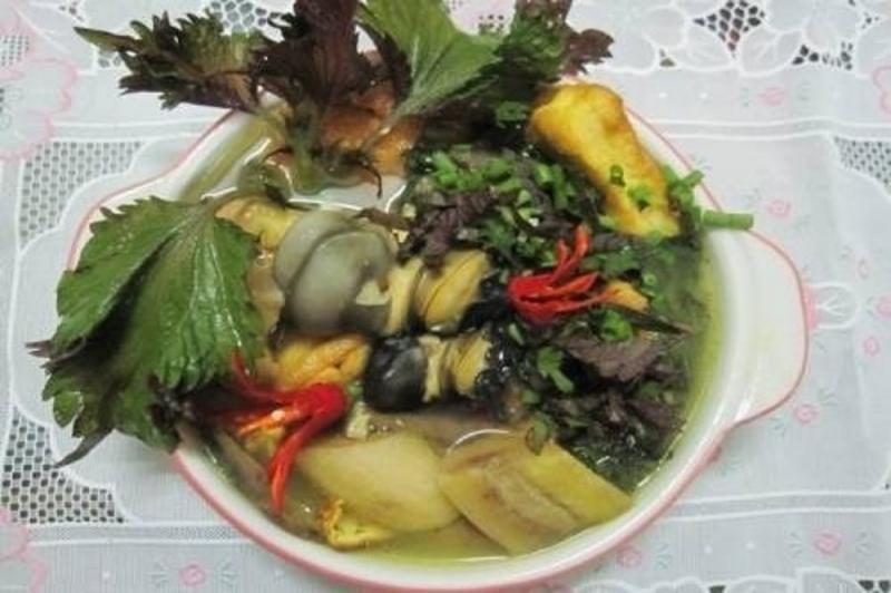 Ốc nấu chuối đậu