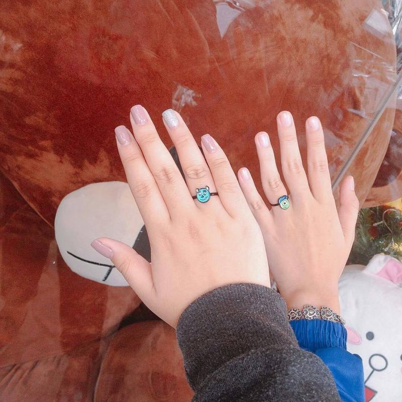 Hay là những chiếc nhẫn cặp dễ thương