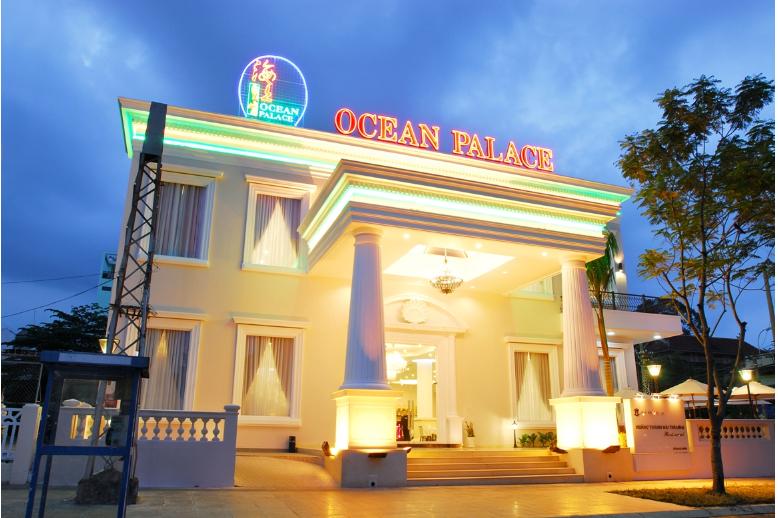 Vẻ ngoài sang trọng của Ocean Palace